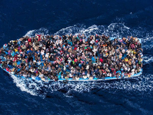 """Immigration: the 58% of Italians are """"worried"""""""