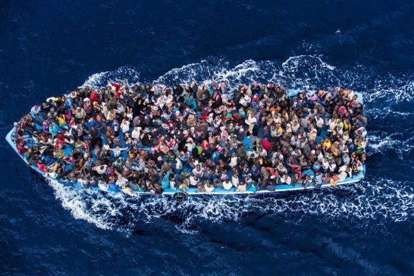 """Immigrazione, il 58% degli italiani è """"preoccupato"""""""